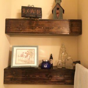 Free floating shelf's